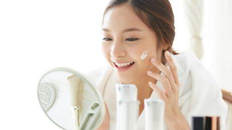 日焼けしたお肌への正しいケアで綺麗なお肌に。おすすめスキンケア方法と注意点を紹介!