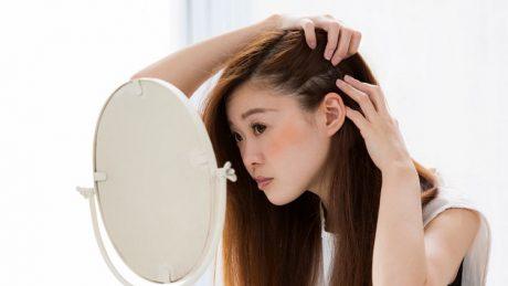 予防と対策で女性の抜け毛は抑えられる~抜け毛が増える理由や種類も紹介~