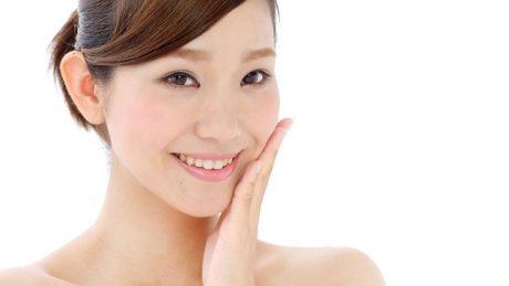 肌荒れはバリア機能の低下が原因?日常生活とケア商品を選ぶときのポイントとは