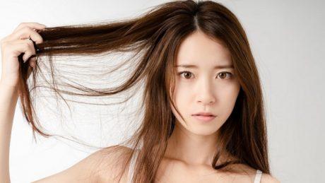 そのヘアケア方法が乾燥の原因!?しっとりツヤ髪になる方法