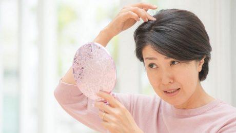 正しい薄毛ケアとは?薄毛に悩む人の実態やおすすめケア方法を紹介します!