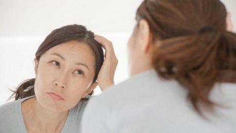 白髪予防におすすめの方法について!身体の外側と内側で白髪をケアしよう!
