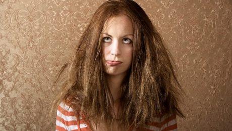 髪を素早く整える方法とは?前の晩に出来ることや整えやすい髪型について