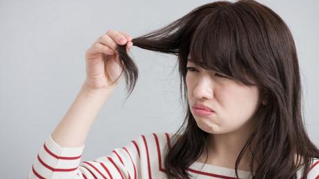 乾燥で髪がうねる!乾燥対策