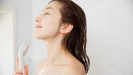 お風呂に入るよりシャワー浴がダイエットに効果的は本当?